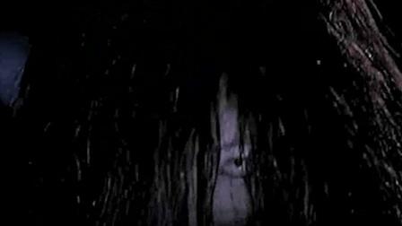 三分钟看惊悚电影《鬼友》讲述一群人玩碟仙游戏而接连惨遭意外