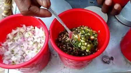 想不明白, 为什么印度人爱吃这样的小吃, 辣椒洋葱使劲放, 能好吃吗?