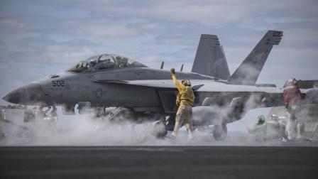 能从航母上拔地而起, 攻击对方的电子系统, 美军的超前电子战机