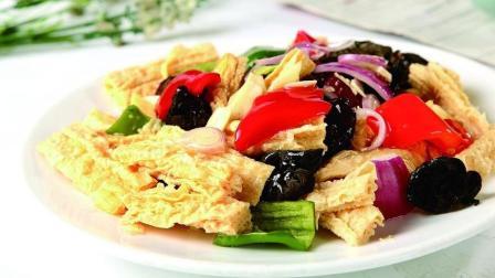 大厨教你正宗烧腐竹的做法, 比肉还好吃, 每次饭桌上都是它先被吃完
