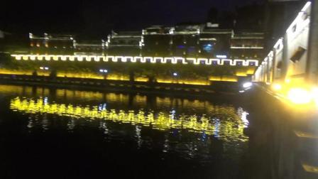 实拍湖南最美小城, 夜晚的景色堪比宫崎骏的动漫