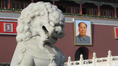 天安门的石狮雕刻, 胸前的小坑背后有什么故事? 看完终于懂了