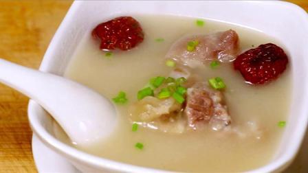 在家做滋补猪手汤、美味营养又好喝、吃一次就上瘾、快去试试吧!