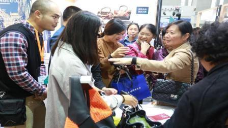 为什么香港人拒绝使用支付宝和微信? 说出来你都不敢相信