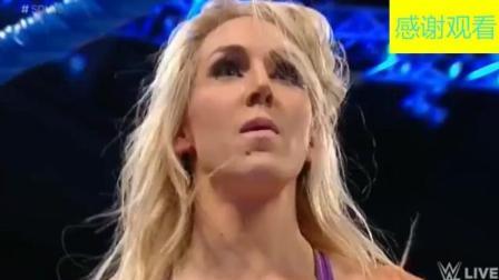 WWE: 洋妞上台就开始嘲讽, 直接被对手打的一直在地上摩擦!