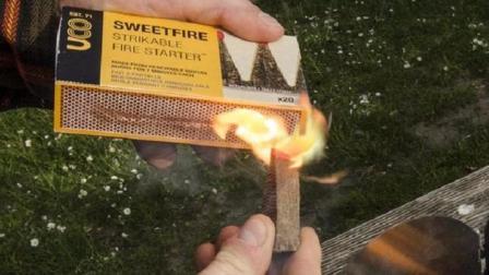 用甘蔗做的火柴, 燃烧长达7分钟, 大风都吹不灭