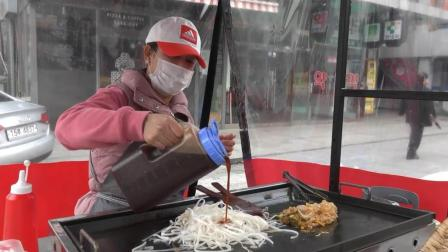 韩国街头小吃, 5000韩元一份的炒粉, 看看是如何烹饪的
