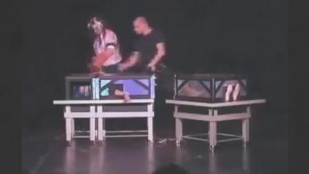 魔术师真人秀表演失误, 结束了自己妻子26岁的生命!