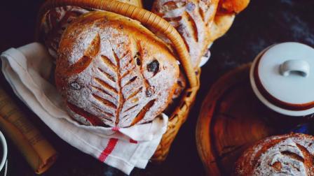 教你制作比面包店更健康更美味的奇亚籽藜麦混合坚果全麦软欧面包