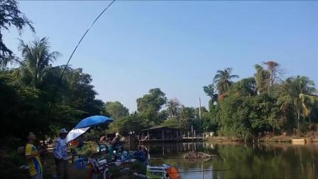 钓鱼: 鱼竿长一些, 钓的鱼也自然大一些!