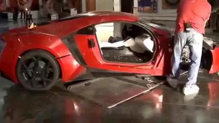 速度与激情拍摄片场, 原来他们是真把一辆莱肯超跑撞穿了大楼。心疼