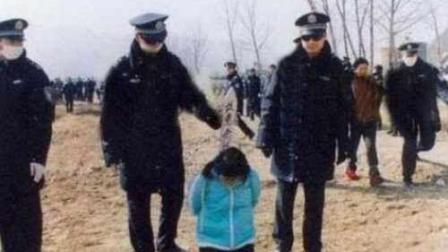 死刑犯临行前与家人的最后一面, 他的举动让人潸然泪下!