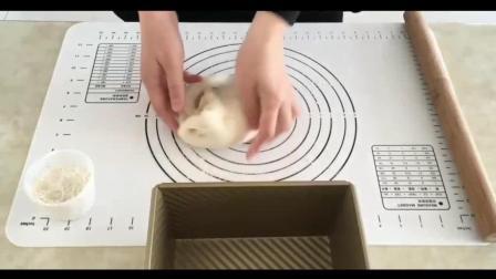 烘焙油纸教程_烘焙翻糖蛋糕的做法视频教程_怎样做生日蛋糕视频