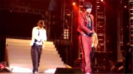 罗志祥在美国的演唱会上大秀舞蹈,真是一场视觉的享受