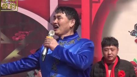 邻县90岁老人过寿, 朱之文大哥到场祝贺并献歌一曲, 老乡们很感动