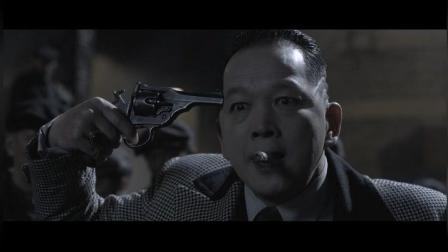 黑心作坊老板声称员工偷枪支。故意杀美女, 可惜啊