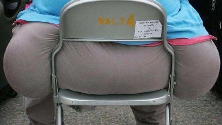 胖子运动搞笑视频: 自己的体重有多大的杀伤力心
