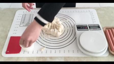 微博烘焙教程_做烘焙视频教程._豆乳盒子蛋糕的制作方法