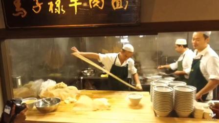 兰州拉面逆袭日本成网红, 店门口大排长龙, 食客怒赞充满高级感