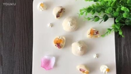 烘焙奶油打发视频教程 缤纷果粒大福的制作方法 烘焙裱花教程