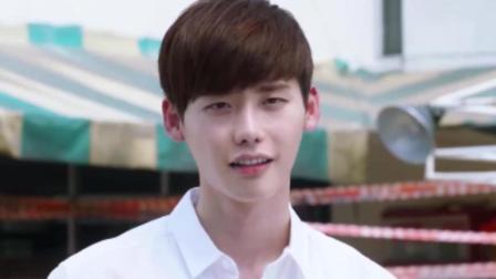 屏息: 李钟硕送女朋友礼物, 对方却收的很不情愿, 二硕也有被拒的时候