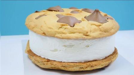 挑战巨型巧克力曲奇雪糕! 你吃的完吗?
