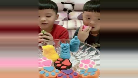 双胞胎兄弟吃手工巧克力, 好精致