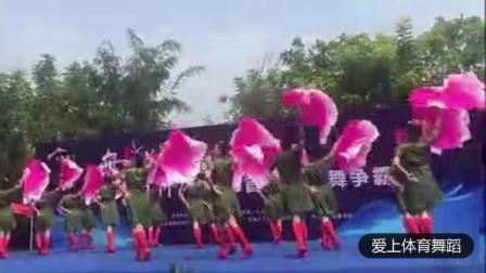 气势恢宏扇子舞《我的祖国》, 太精彩了!