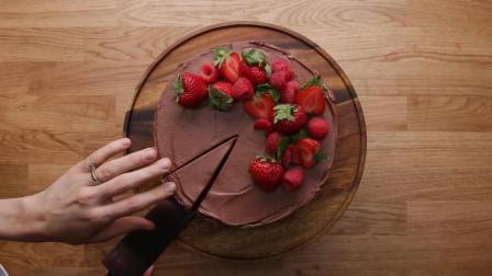 蛋糕的气质要溢出屏幕了, 终极巧克力草莓蛋糕制作过程
