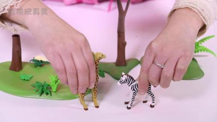 樱桃玩具秀玩具故事: 小长颈鹿和斑马争草吃