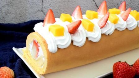 水果蛋糕卷来啦, 这款蛋糕一定要推荐给你们~搭配水果吃起来不腻。