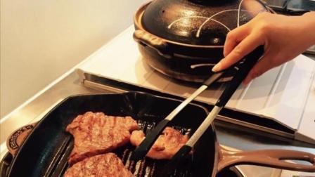 赵薇回芜湖老家过生日 亲自下厨给好友做饭