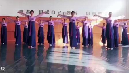 朝鲜舞基础训练教程, 脚位步伐组合, 专业的就是不一样
