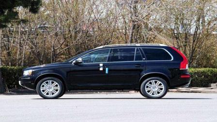 唯一能秒杀宝马X5和奥迪Q7奢华SUV,价格低十几万无人问津