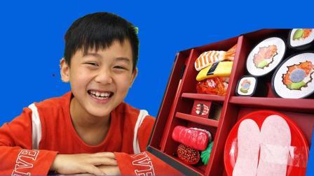 小镔哥哥玩具分享系列—猪猪侠生日吃寿司的玩具故事