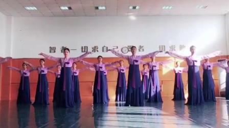 朝鲜舞基础训练教程, 手位组合, 专业的就是不一样