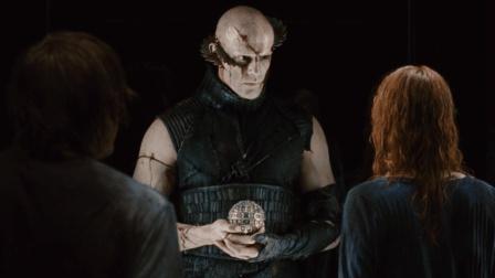X怪兽--5分钟说完惊悚片《林中小屋》