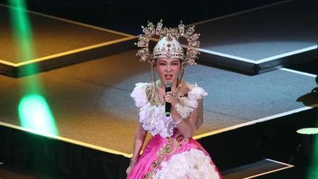 乌兰图雅演唱会, 一首《凤凰飞》真是太好听了, 不魁是蒙古之花