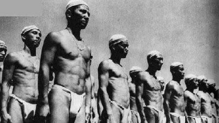 二战日本战败, 60万日本战俘交给苏联看守, 对看守女兵仍色心不死