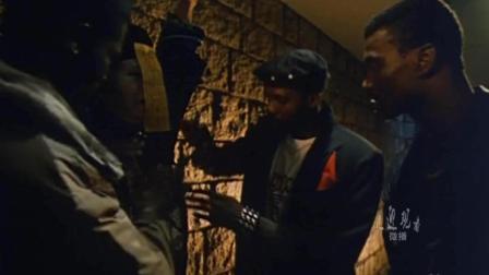 三个洋小子竟然连僵尸都敢劫, 还好英叔及时赶到