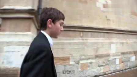 在伊顿公学迟到了怎么办? 看完才知道什么叫世界顶级的贵族学校!