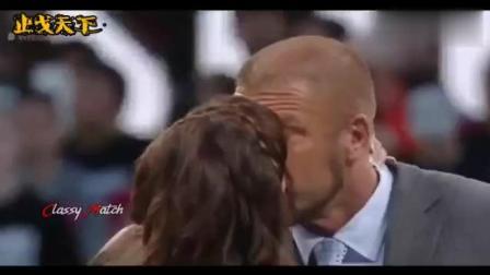 """隆达-罗西在WWE大打出手! 联手""""巨石""""强森暴揍对手!"""