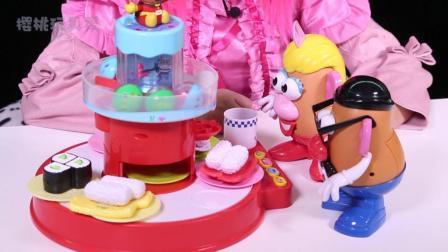 樱桃玩具秀玩具故事: 蛋头先生和蛋头太太去了一家超好吃的寿司店 我们赶紧去看看吧