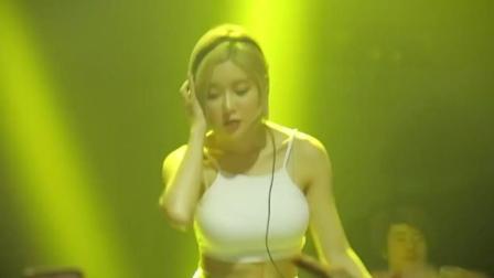 台中夜店Lobby, 美女DJ Soda