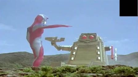 高斯奥特曼VS三面外星人, 却被外星人玩弄于股掌之中!
