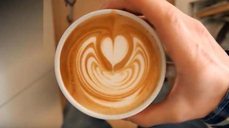 咖啡拉花基础教程: 手把手教你拉一个简单的桃心