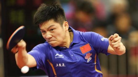 樊振东遇到日本人就发狠, 这球打的解说大喊: 这得这么玩他!