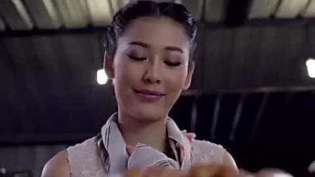 泰国奇葩牙膏广告: 女生吃的食物绝对比分享给你的多