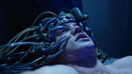 外星人绑架人类, 改造大脑和身体后又放回来! 一部恐怖科幻电影