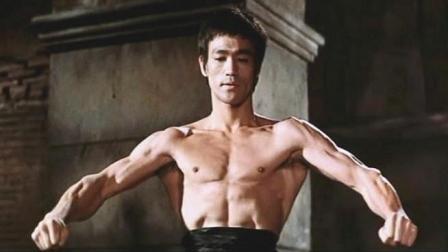 李小龙对战2米高的世界总冠军, 看他是如何反败为胜? 不愧为功夫之王
